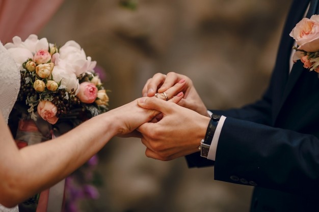 Sådan underholder I energiske børn under brylluppet