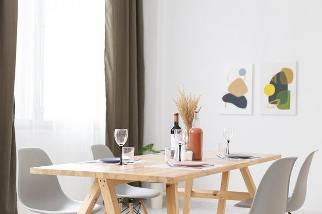 Hvilke slags spisebordsstole skal man vælge?
